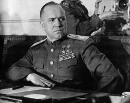 El mariscal soviético Georgi Konstantinovich Zhukov